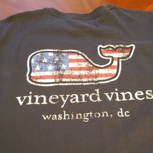 Vineyard Vines vlue whale tee Washington, DC D234